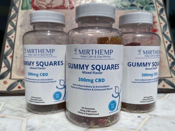 Mirth Product Square Gummies 12